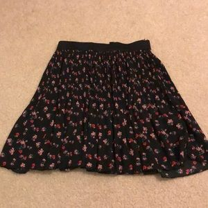 H and m floral mini skirt